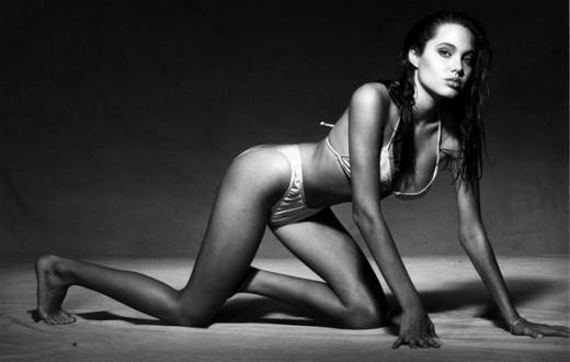 Imagen sexy de Angelina Jolie.