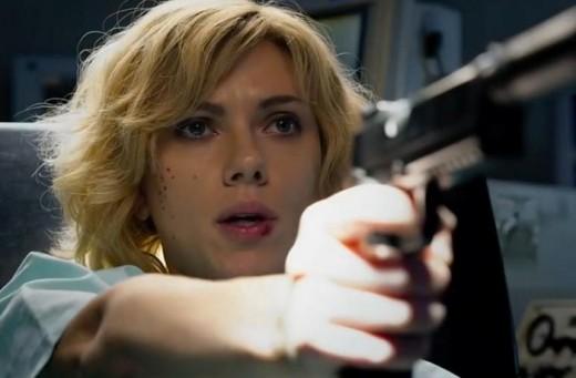 Lucy protagonizad por Scarlett Johansson