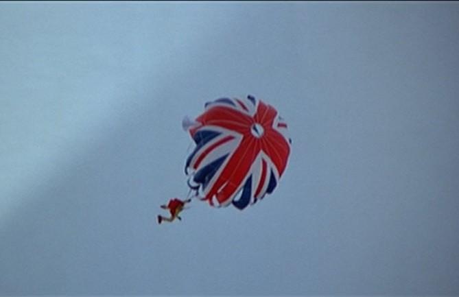 007_50_golden_moments_tswlm_union_jack_parachute_jump_4-e1349137955193